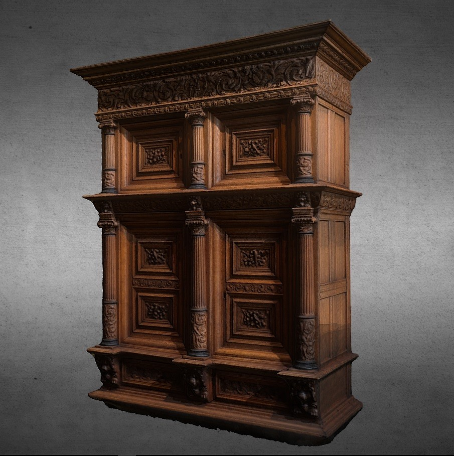 Cabinet with four doors or Dutch cabinet preview image 1